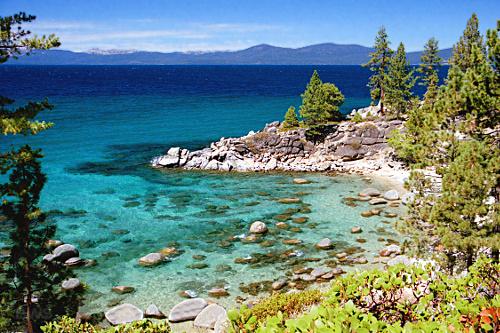 A138,_Lake_Tahoe,_Nevada,_USA,_Humboldt-Toiyabe_National_Forest,_Secret_Cove,_2004.jpg